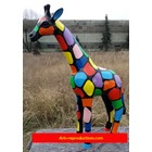 Sculpture animal en résine GIRAFE PM SMARTIE 120cm