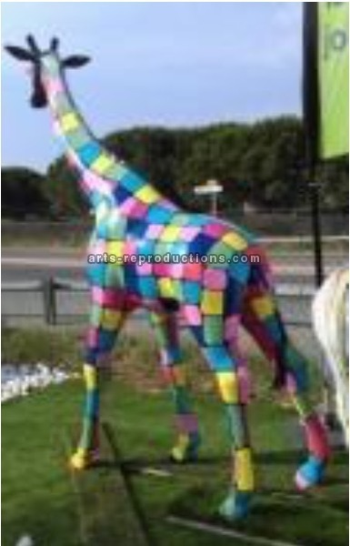 Sculpture animal en résine GIRAFE GM SMARTIES